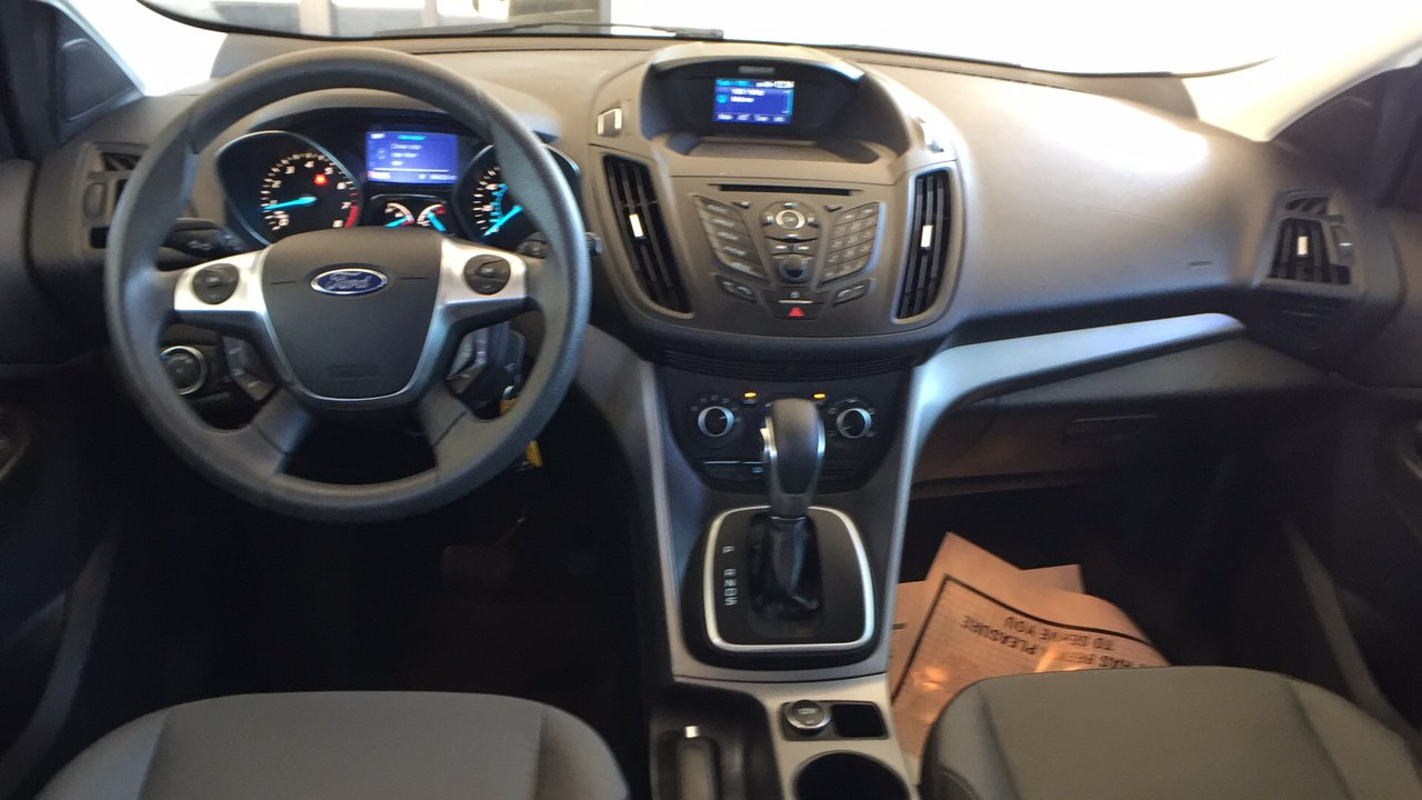 Pre owned 2013 ford escape se