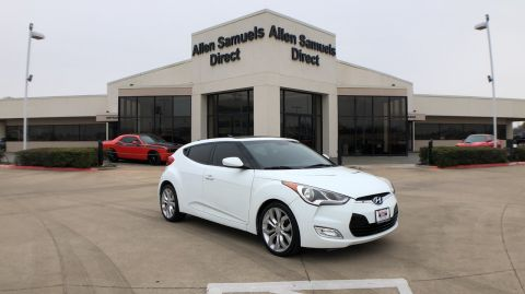 Pre-Owned 2012 Hyundai Veloster w/Red Int